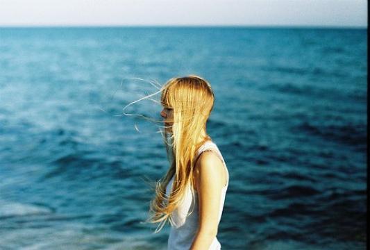 Les vrais paradis sont les paradis qu'on a perdus.