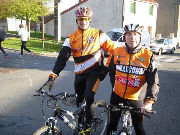 Course a part  a Haillicourt 5 et 10 kms  Les Blaireaux vtt balaie...