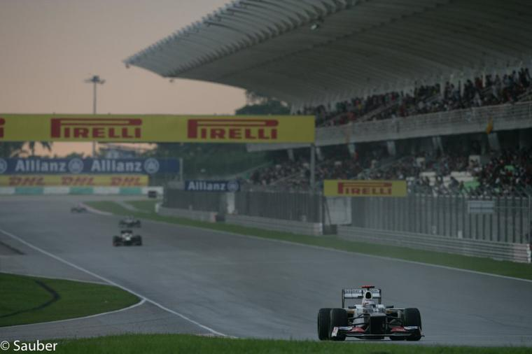 GP de Chine - Essais libres 2 : M. Schumacher devant L. Hamilton et S.Vetel