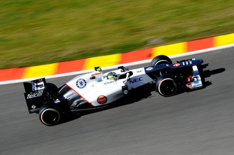 Perez loin devant Kobayashi