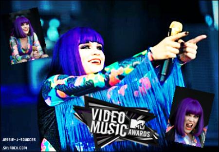"""Les MTV VMA's auront lieu dans la nuit de dimanche soir. Jessie J a était désignée """" House Artist 2011"""" est assurera le show tout au long de la soirée, au total plus de 17 chansons !"""
