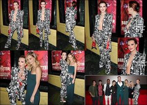 11/10/17 : Notre Bella s'est rendue à la première du film The Babysitter au Vista Theatre, dans Los Angeles. Pour l'occasion elle portait un costume. Je trouve l'idée originale, c'est très tendance comme tenue. Mais je n'aime pas sa coiffure.[/font=Arial]