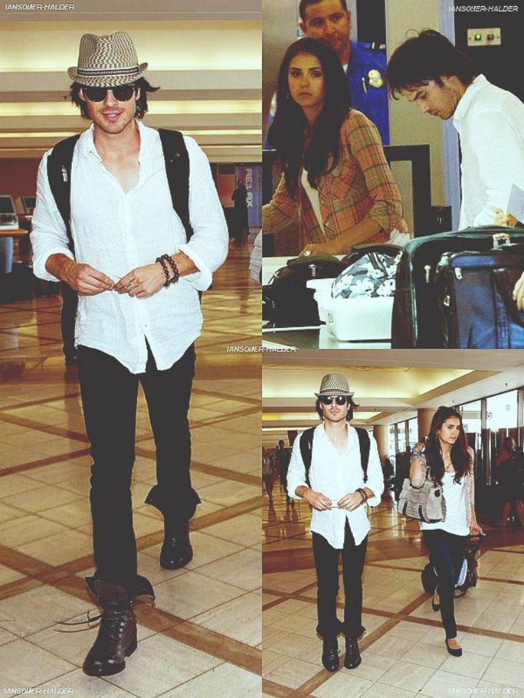 Ian a  l'aéroport de LAX avec Nina Dobrev. | le 07 juillet 2011.