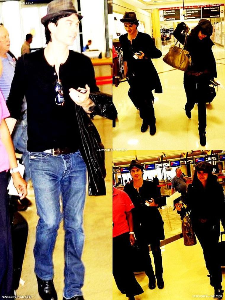 Ian a été vu a l'aéroport de LAX avec Nina direction New-York. | le 01 octobre 2011.