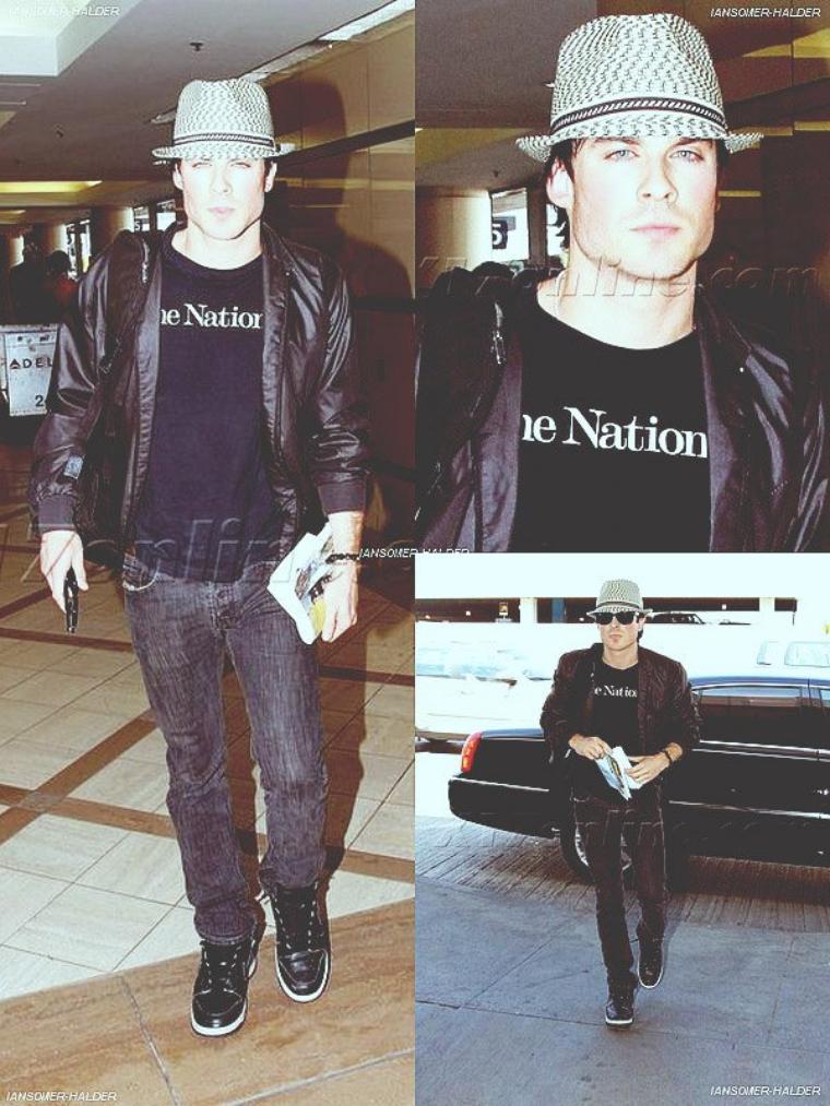 Ian a l'aéroport de LAX. | Le 28 mars 2010.