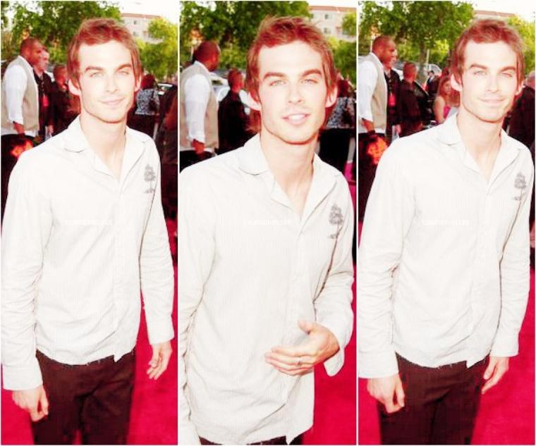 "Ian au ""Vanity Fair Toasts Guess 