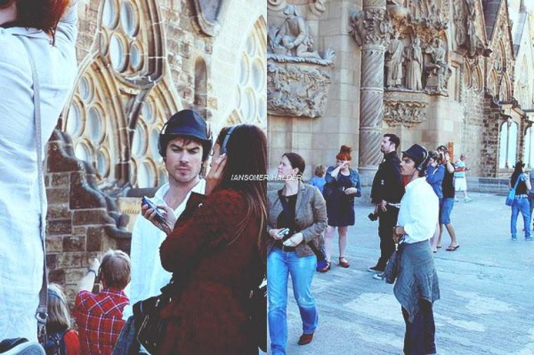 Ian et Nina ce promenant a Barcelone. | Pas de date mais c'est en 2012.