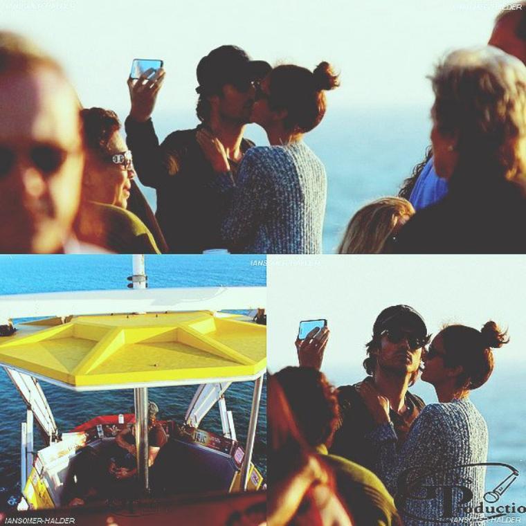 """Ian  et Nina sur la """"grande roue"""" s'embrassant à Santa Monica .   Le 20 juin 2012."""
