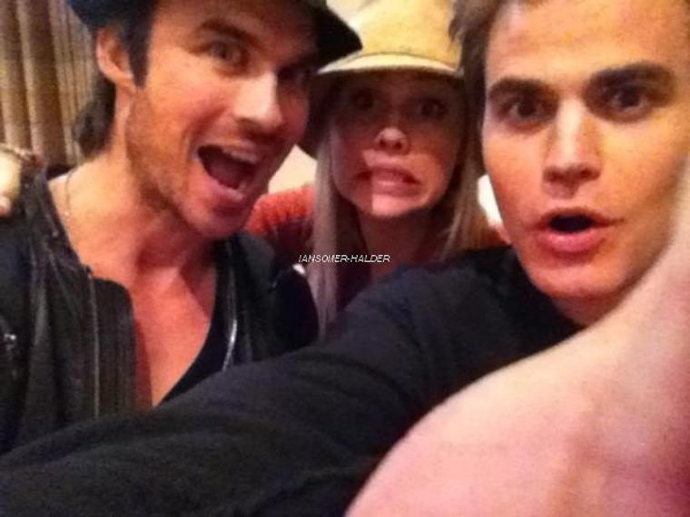 "Ian a la convention ""Insurgence 4"" avec Paul à Londres . 