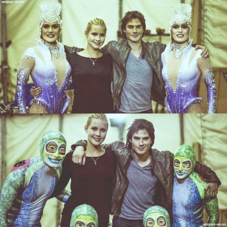 Ian était au cirque du soleil avec sa co-stars claire Holt à atlanta. | En 2012