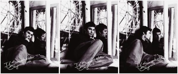 Shoot de Ian par Len Prince. | En 2003.