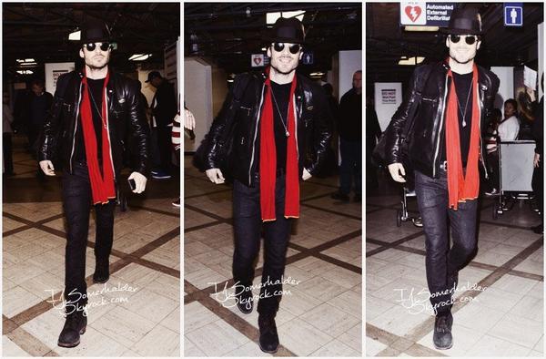 Ian a l'aéroport de LAX. | Le 8 janvier 2014.