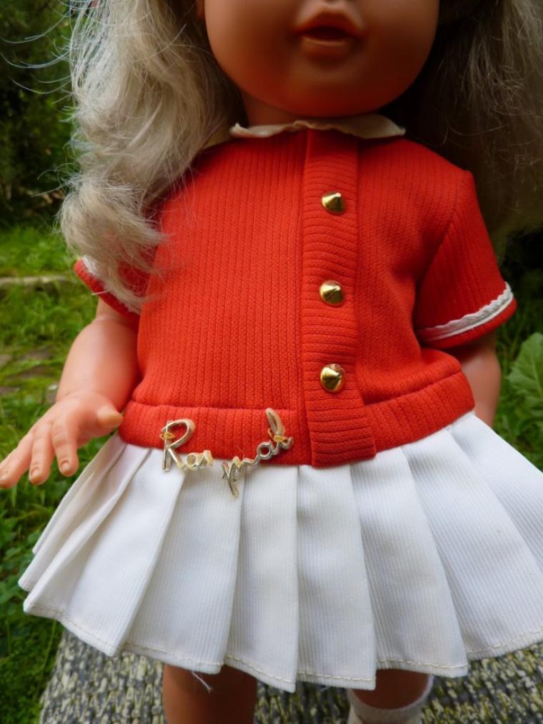 Corinne de 1963   42 cms avec sa tenue d'origine