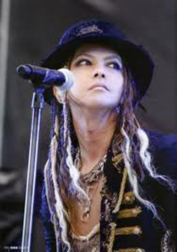 Hyde - evergreen - Rock Version [sound/video mix]
