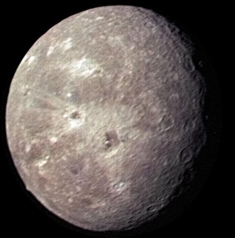 Uranus IV = Obéron