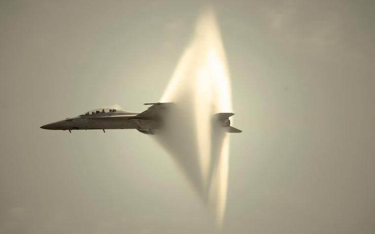 Mach = Mur du son = Sound barrier =  1 224 km/h