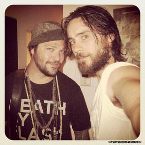 . ♦1.2/8/2012:Jared Leto avec Bam Margera,ladernière Bam avec le t-shirt death by flash.  . .