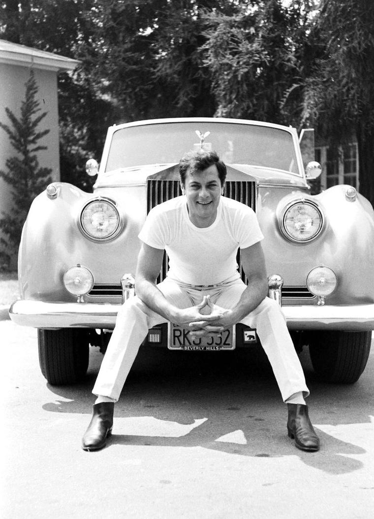 1961 Tony CURTIS et sa Rolls-Royce photographié par Ralph CRANE.