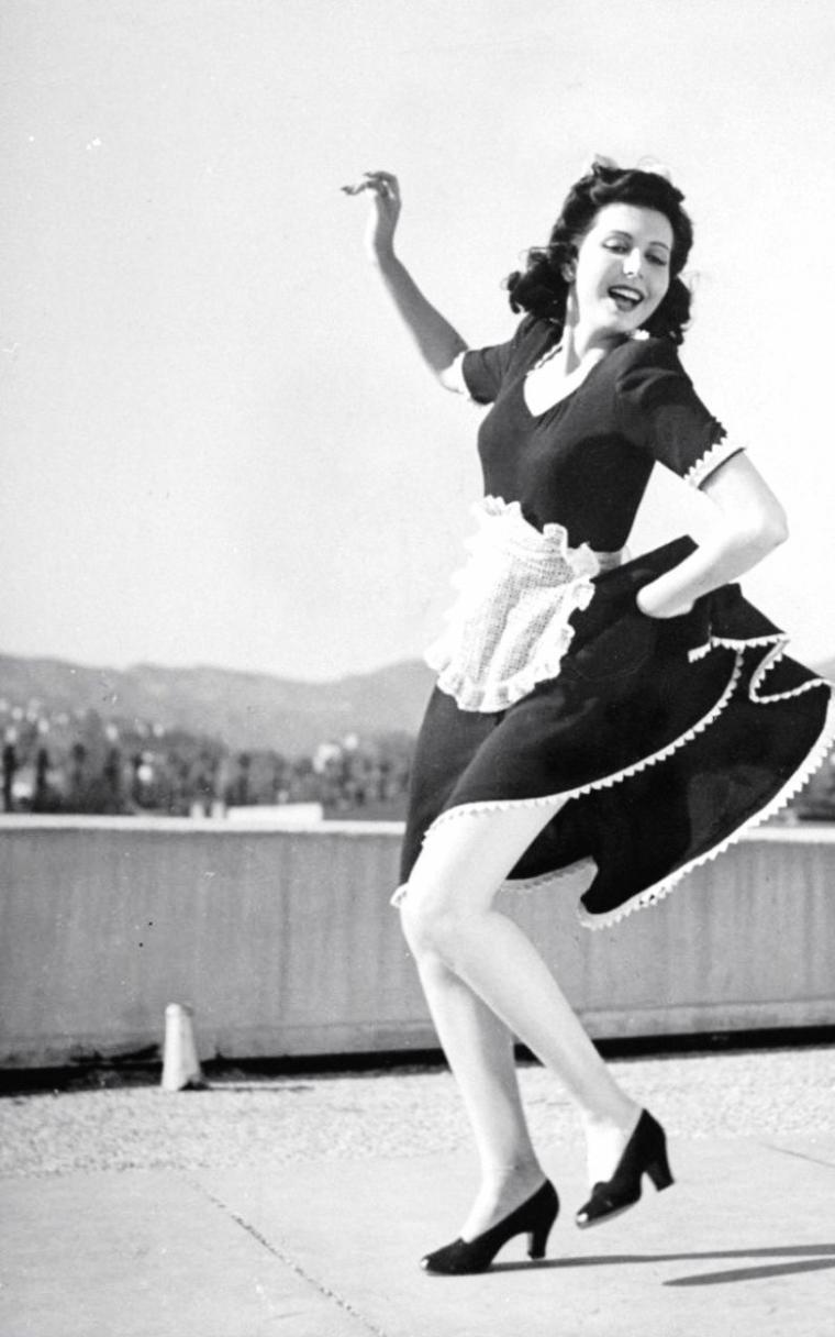 Ann MILLER 1941 par Peter STACKPOLE.