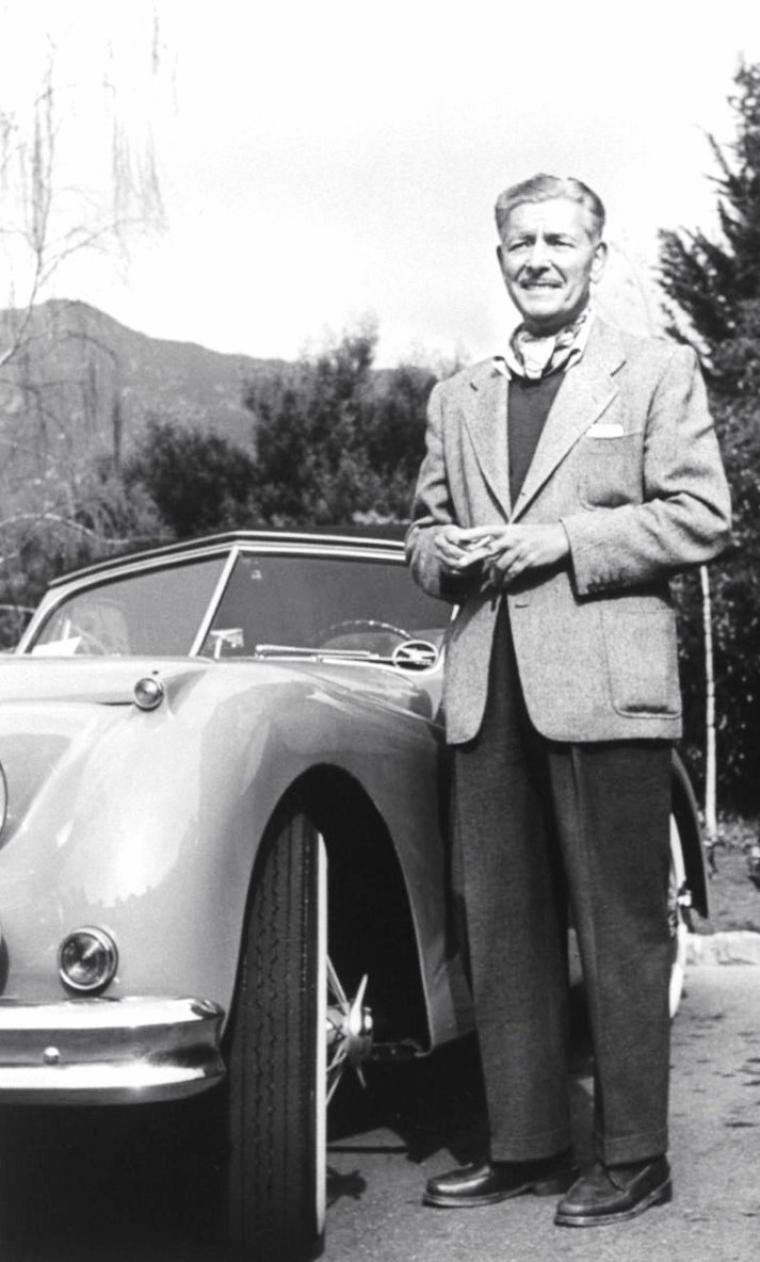 En Novembre 1955, le photographe Loomis DEAN photographie des stars vieillissantes des années 20-30, telles (de haut en bas) Ronald COLMAN (3 premières photos) / Mäe MARSH / Buster KEATON (2 photos) / Norma TALMADGE ou encore Harold LLOYD.