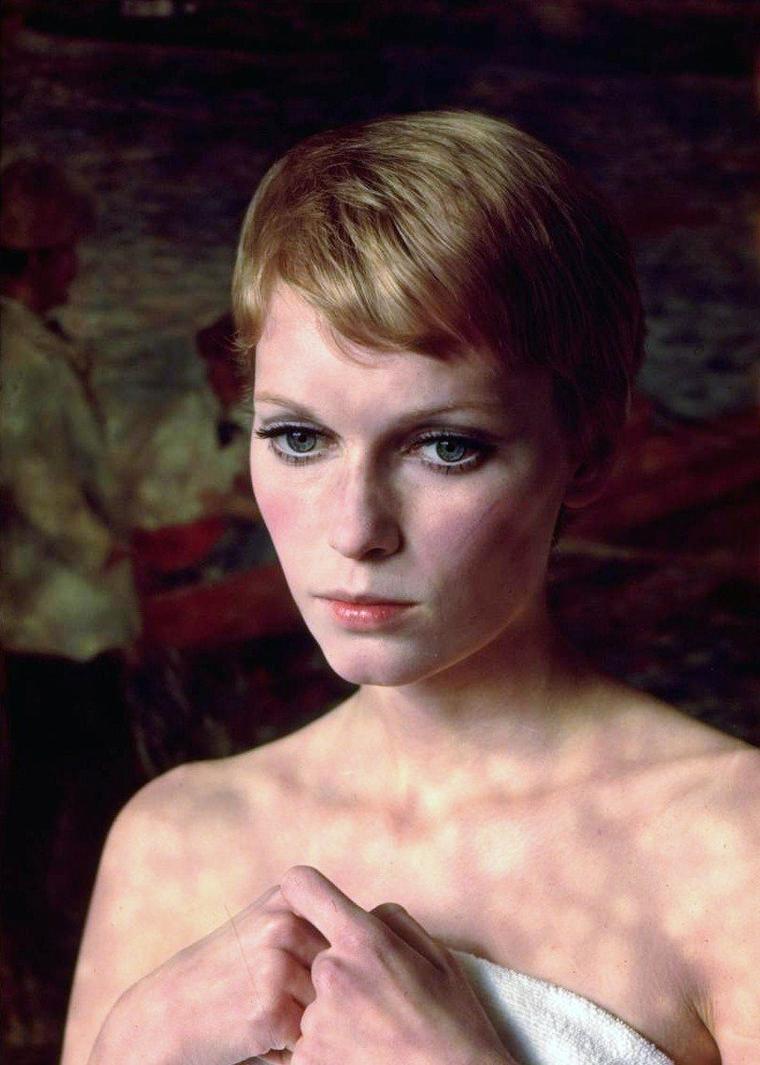 Portraits de Mia FARROW par Alfred EISENSTAEDT le 23 Avril 1967.