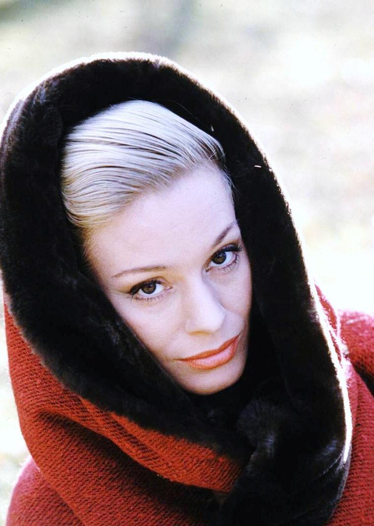 Ingrid THULIN par Loomis DEAN.