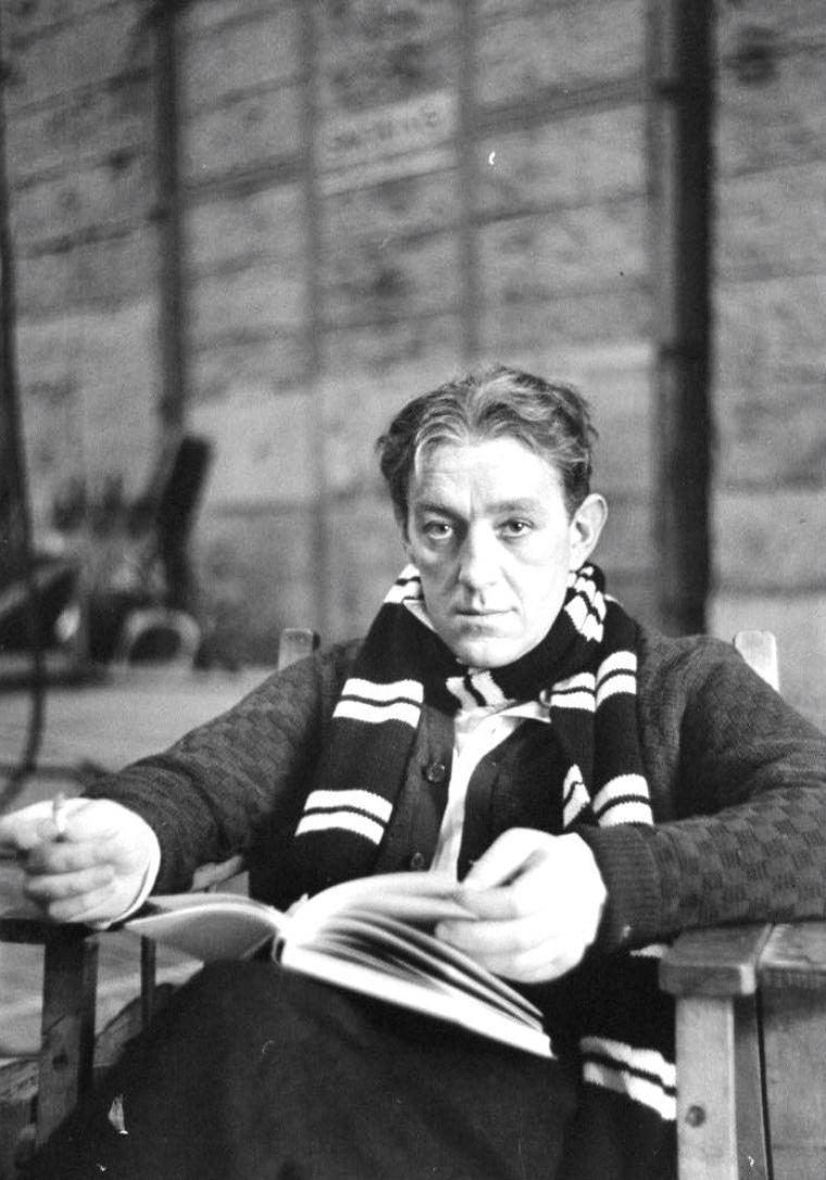 Alec GUINNESS, Angleterre, Décembre 1951 sous l'objectif d'Alfred EISENSTAEDT.