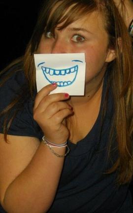 Derrière les sourires...