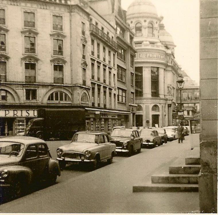Le Prisunic et Le Printemps au début des années 60