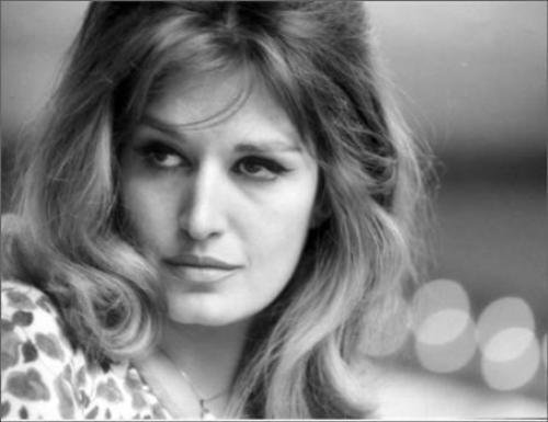 La joyeuse France des années 60 et ses yéyés...