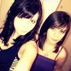 -* Océanee &é Juliiee