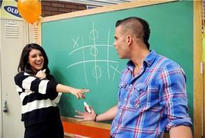 EVENTS 29 juillet 2011 - Mark Salling de Glee et Shenae Grimes de 90210 étaient réunis pour faire la promotion de Lucky Lockerema.