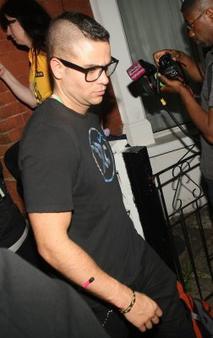 27 juin 2011 - Mark a un concert de Beyoncé accompagné du Glee Cast ! J'adore quand il met ces lunettes *-*