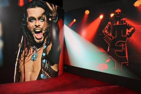 DVD, CD, LIVRE : En exclusivité P@radispop  livre ses impressions
