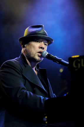 LIVE en musique et en photos : Pascal Obispo sur scène devant 6500 personnes !