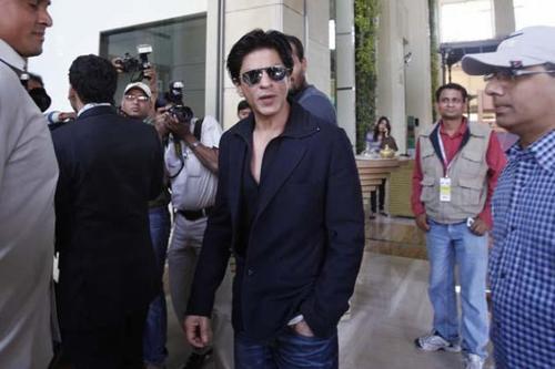 Shah Rukh Khan at IPL 5 Auction 2012 in Bangalore, 4 Feb.