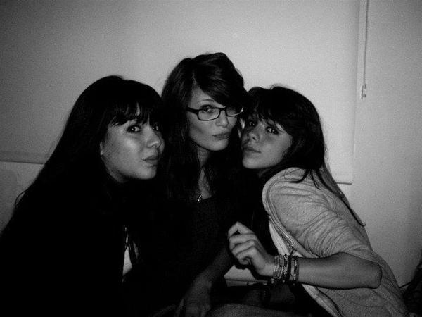 Marie , Céline & Constance <3.