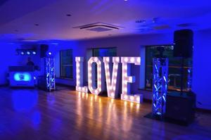 All You Have To Know About The Wedding Entertainment Manchester
