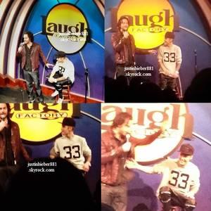 le 14 decembre 2013 - Justin à la Laugh Factory à Los Angeles