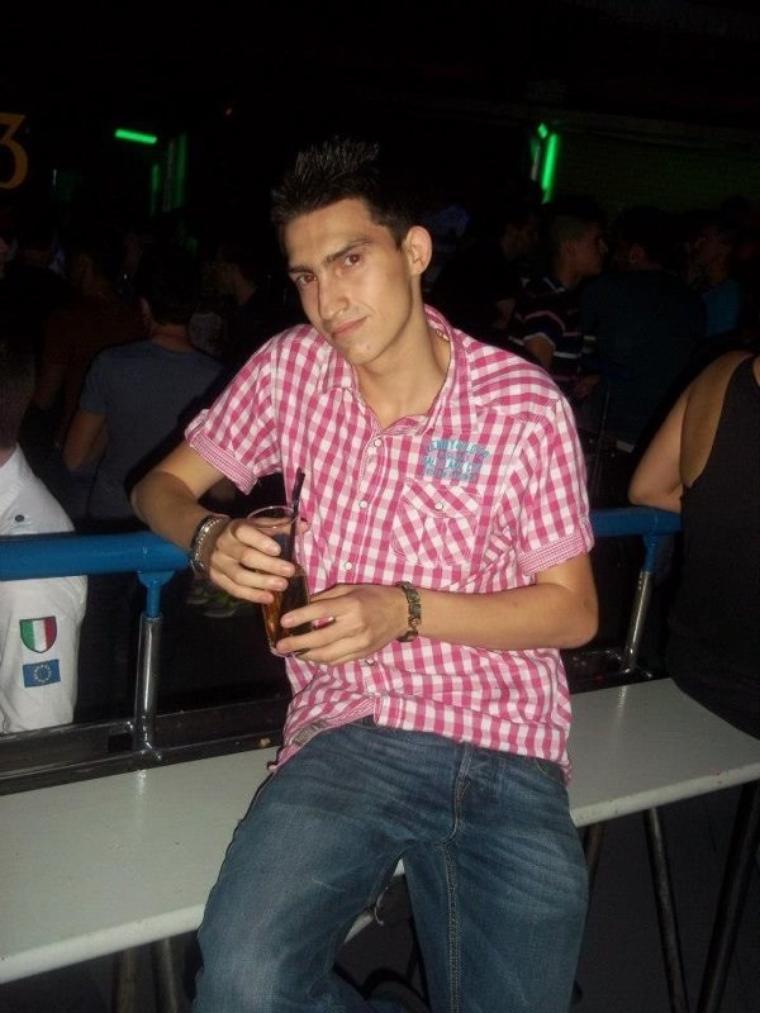 Moi quand j étais en boîte de nuit en Espagne :)