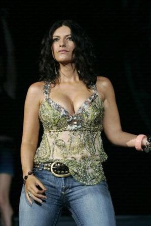 Laura Pausini VS Kim Wilde