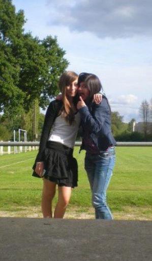 Mélanie,ma Jumelle a moi et a moi seule!♥