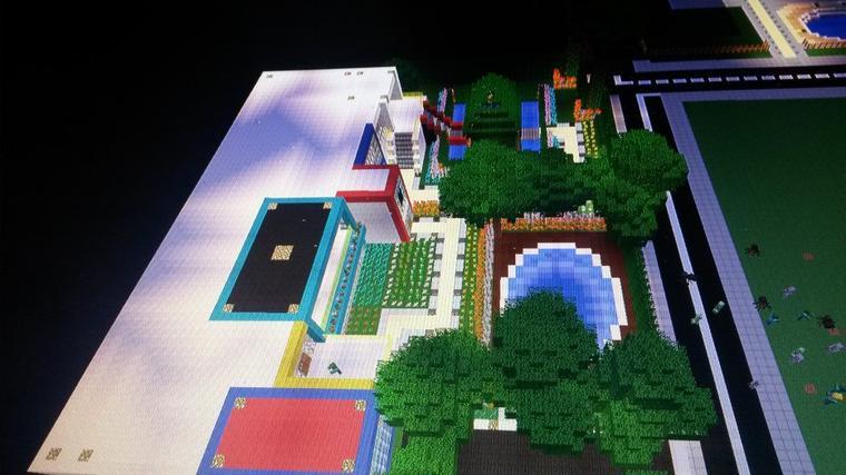 petite maison moderne + jardin