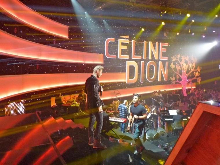 La troupe de Robin des bois chantant du Céline Dion: