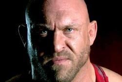 Ryback apparaît après les enregistrements de NXT