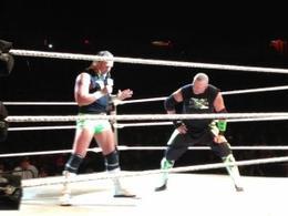 Qui pour remplacer John Cena lors du Live Event de RAW ?