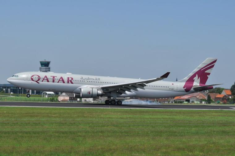 Airbus A330-300 Qatar Airways