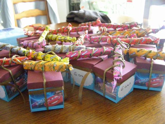 Des boîtes à bonbons