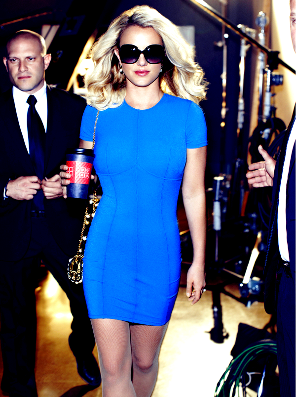 Britney pour ELLE magazine..