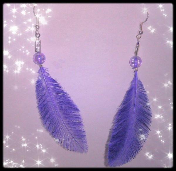 B.O. en plume violette